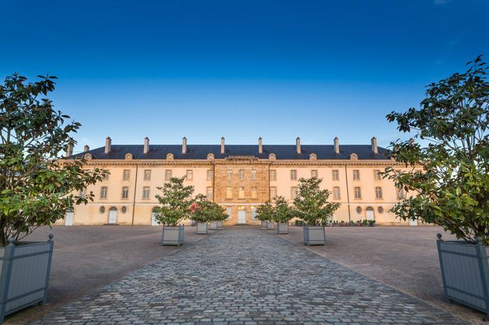 Centre national du costume de scène (Moulins)