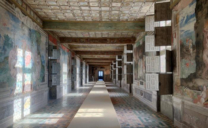 Journées du patrimoine 2018 - Visite guidée de la collection permanente et de l'exposition temporaire au Château d'Oiron, patrimoine historique et art contemporain.