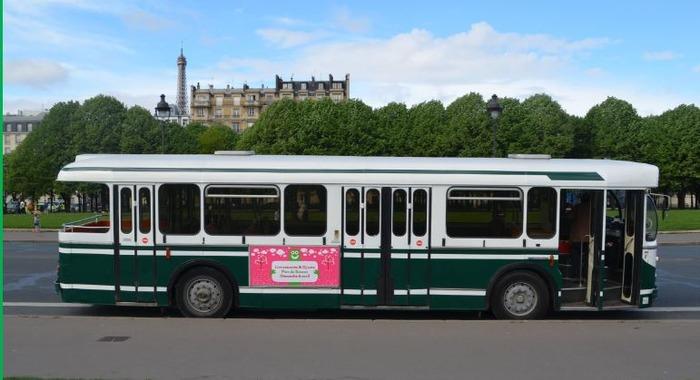 Journées du patrimoine 2017 - Circuit commenté en bus touristique vintage à plateforme vers différents sites de la ville
