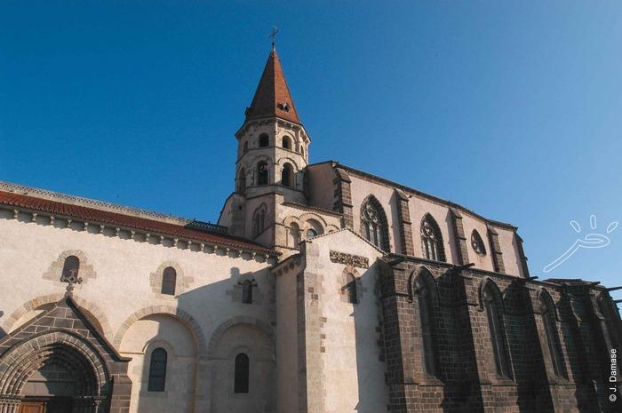 Journées du patrimoine 2018 - Circuit découverte de la collégiale Saint-Victor-et-Sainte-Couronne.