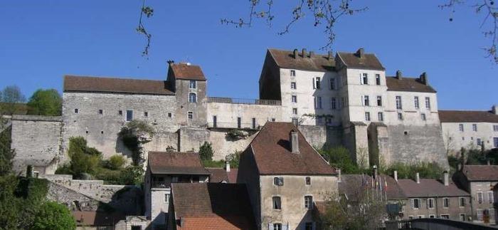 Journées du patrimoine 2018 - Comment les influences artistiques régionales ou étrangères, ont marqué de leur empreinte le riche patrimoine de la Cité ?