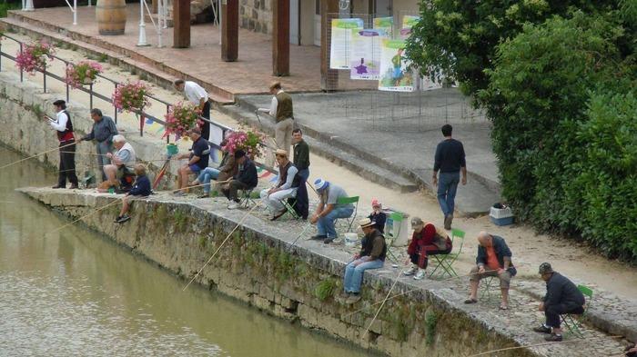 Journées du patrimoine 2018 - Concours de pêche rétro sur les quais de la Baïse