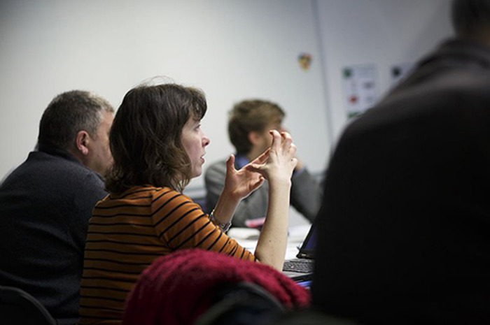 Conférence de présentation de DECLICS, le défi Familles à Energie Positive et de la mission des Conseillers info-énergie