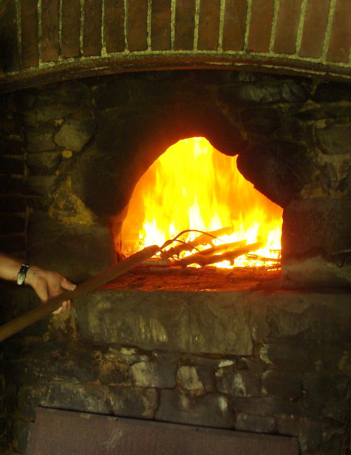 Journées du patrimoine 2018 - Cuisson de pain au four à bois
