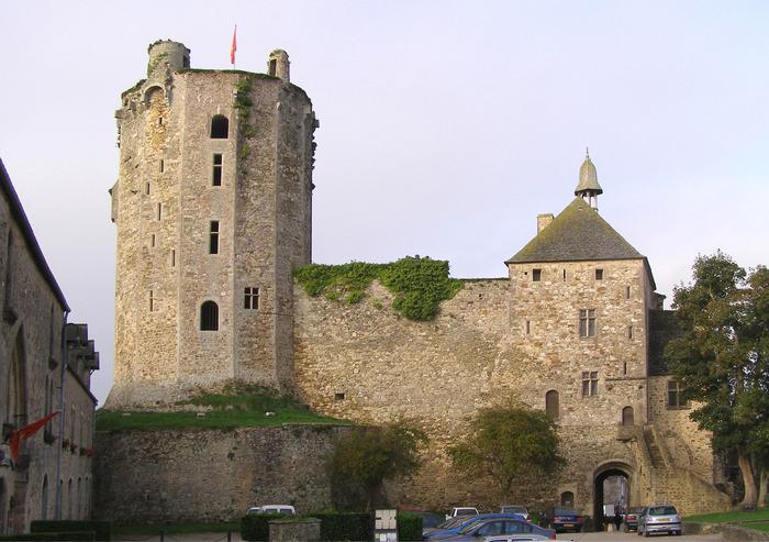 Journées du patrimoine 2018 - Visite guidée du château de Bricquebec, par le Pays d'art et d'histoire du Clos du Cotentin