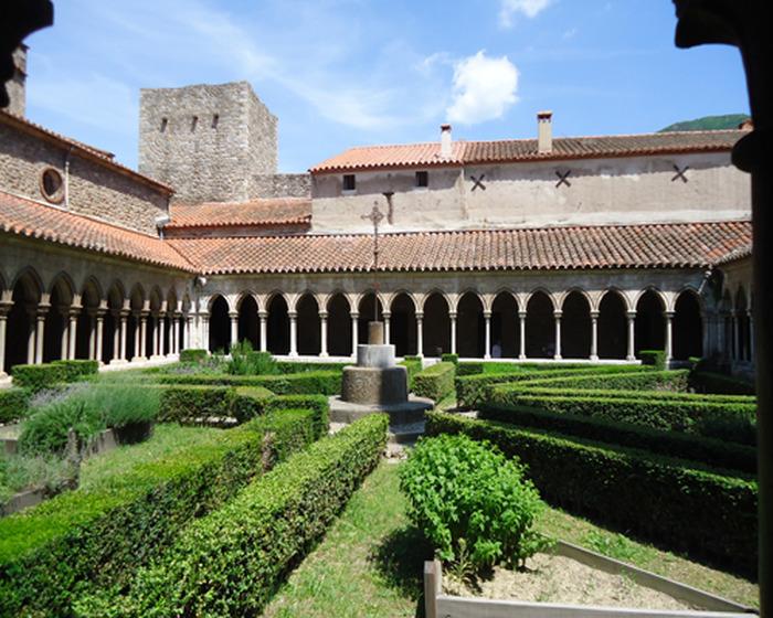 Crédits image : Photo Abbaye Sainte-Marie d'Arles-sur-Tech