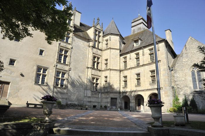 Journées du patrimoine 2018 - Découverte de l'Hôtel des Moneyroux (siège du Conseil Départemental)