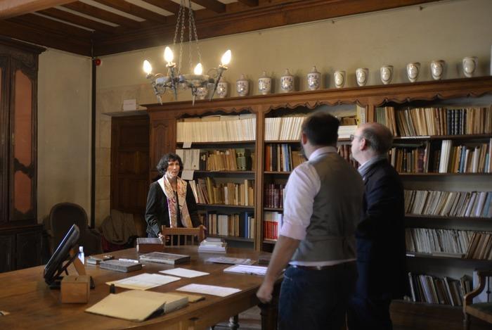 Journées du patrimoine 2018 - Découverte de la bibliothèque de la Société Philomathique et présentation d'ouvrages anciens