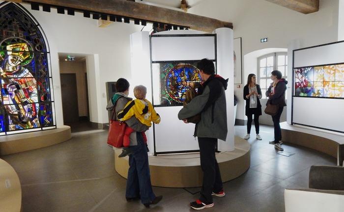 Crédits image : Visite de la Cité du vitrail - Photographie : Cité du vitrail