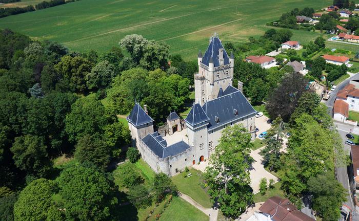 Journées du patrimoine 2018 - Découverte du château de Chazey-sur-Ain.