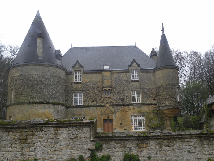 Crédits image : Château © Adeline et Bernard PIROUELLE