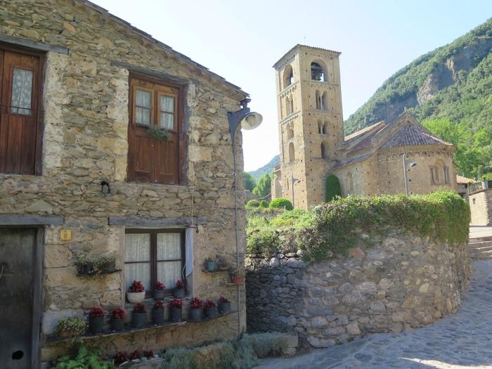 Journées du patrimoine 2018 - Visite guidée : découverte du village et de sa belle église romane.
