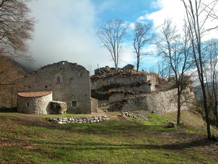 Journées du patrimoine 2018 - Découverte, visite guidée du château de Montfort.