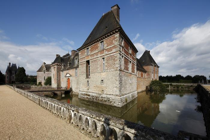 Journées du patrimoine 2018 - Visite libre du château de Carrouges : un château où tout est couleur!