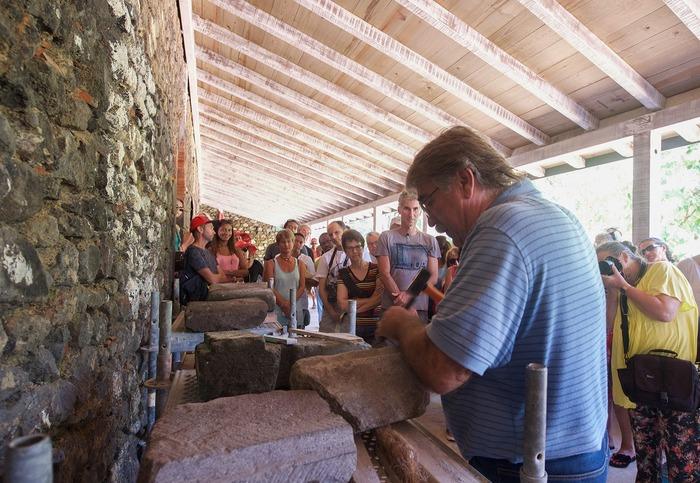 Journées du patrimoine 2018 - Démonstration de maçonnerie traditionnelle à l'Habitation Bellevue