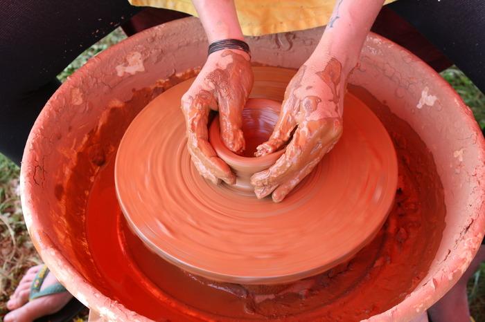 Journées du patrimoine 2018 - Démonstration de tournage de poteries.