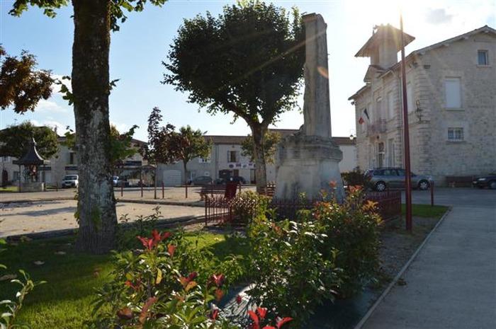 Crédits image : © Mairie de Laroque-Timbaut