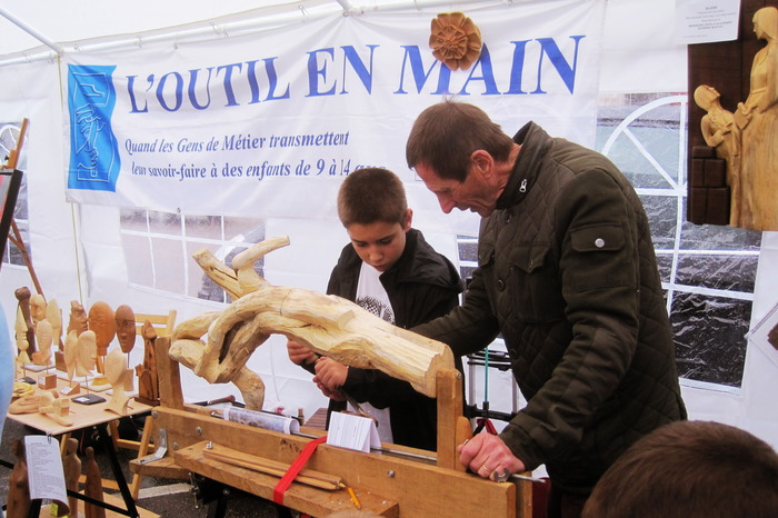 Journées du patrimoine 2018 - Démonstration et initiation aux métiers du patrimoine par l'association l'Outil en Main de Troyes et son Agglomération
