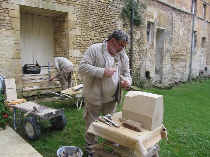 Journées du patrimoine 2018 - Démonstrations Taille de pierre, petites maçonneries et travail du bois.