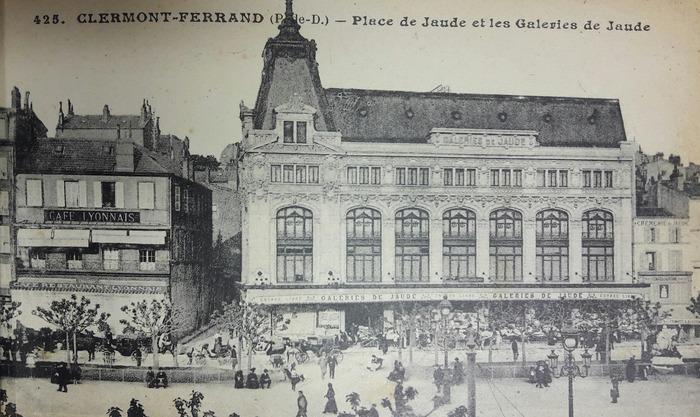 Crédits image : Archives Galeries Lafayette