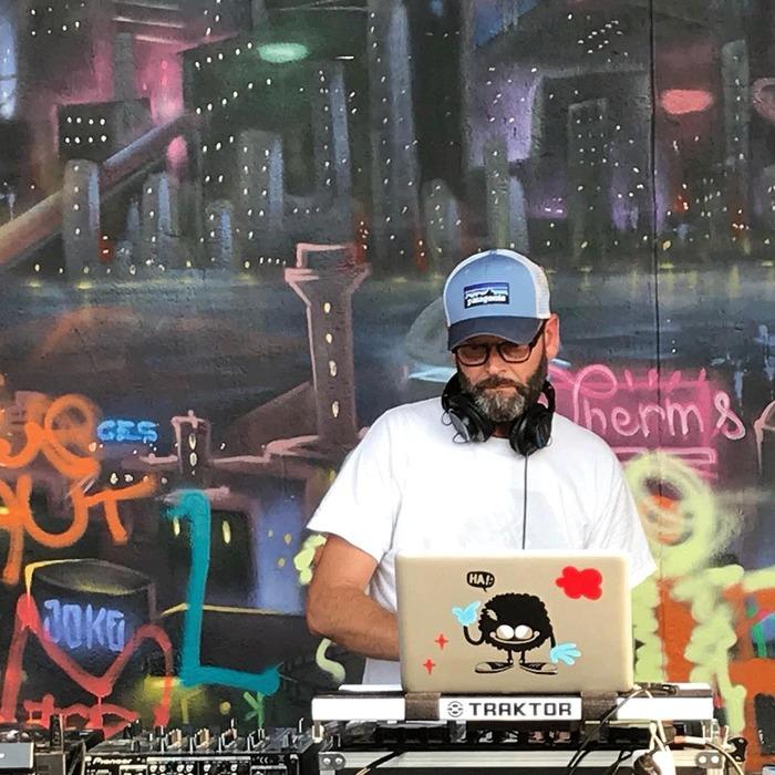 DJ OLD SKOOL NEMO