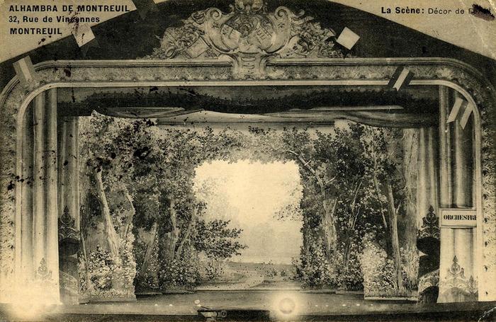Crédits image :  Intérieur de la salle de l'Alhambra, au 32 rue de Vincennes (carte postale) ©Coll. Musée de l'Histoire vivante
