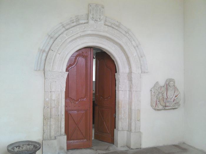Crédits image : Eglise Saint-Martin © Mairie de Mandres aux Quatre tours