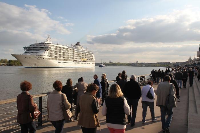 Emploi Travail : Quelle politique touristique en 2050 ?