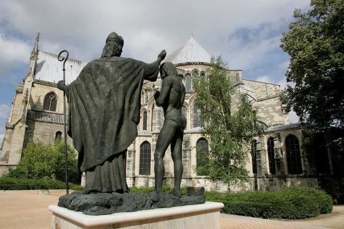 Journées du patrimoine 2018 - Évocation « Musique et Lumière » à l'intérieur de la basilique.
