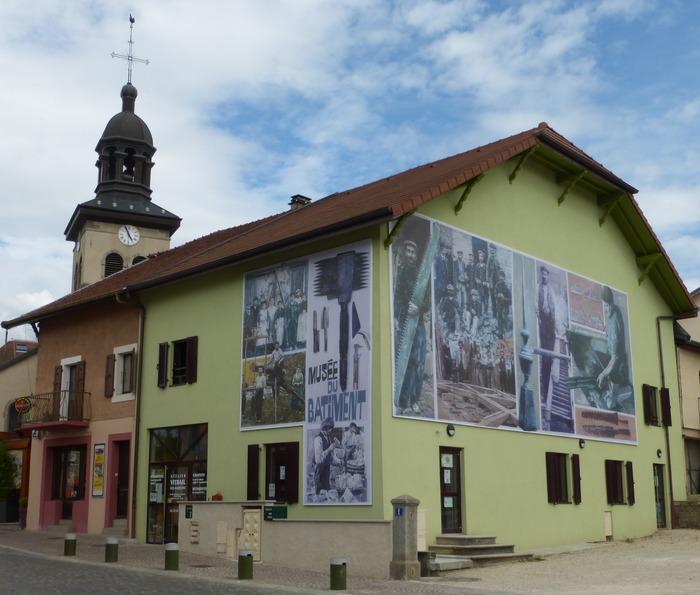 Journées du patrimoine 2018 - Exposition d'outils anciens du bâtiment.