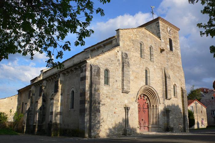 Journées du patrimoine 2018 - Exposition, dans l'église, d'objets sacerdotaux