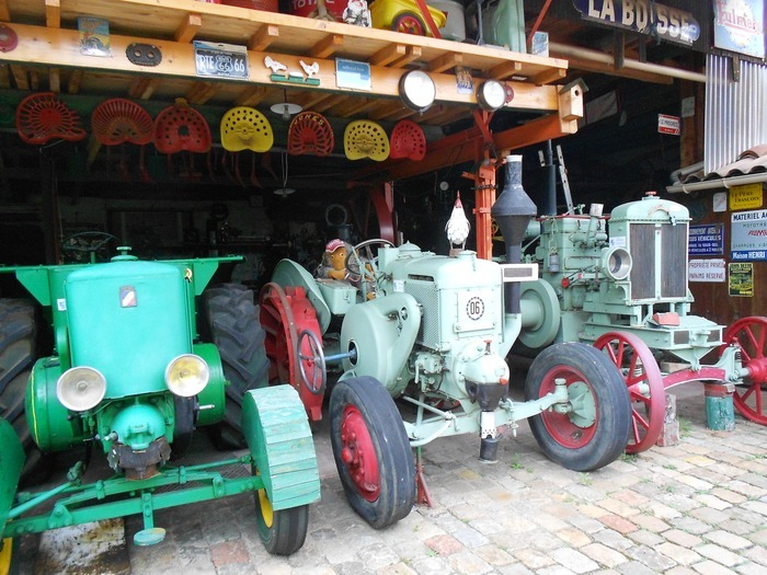 Journées du patrimoine 2018 - Exposition de machines agricoles anciennes.
