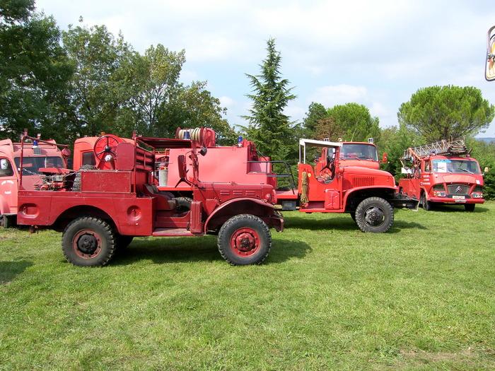 Journées du patrimoine 2018 - Exposition d'anciens véhicules de secours.