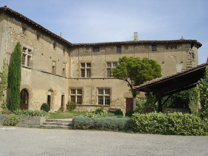 Journées du patrimoine 2018 - Exposition au prieuré de Manthes.