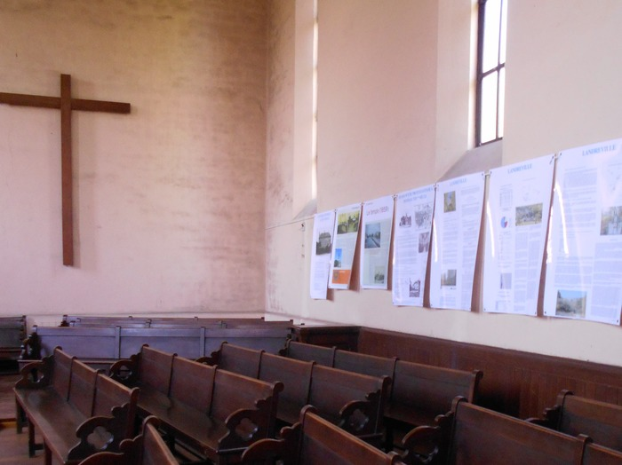 Crédits image : Temple protestant, exposition - Photographie : Joëlle Wetzstein