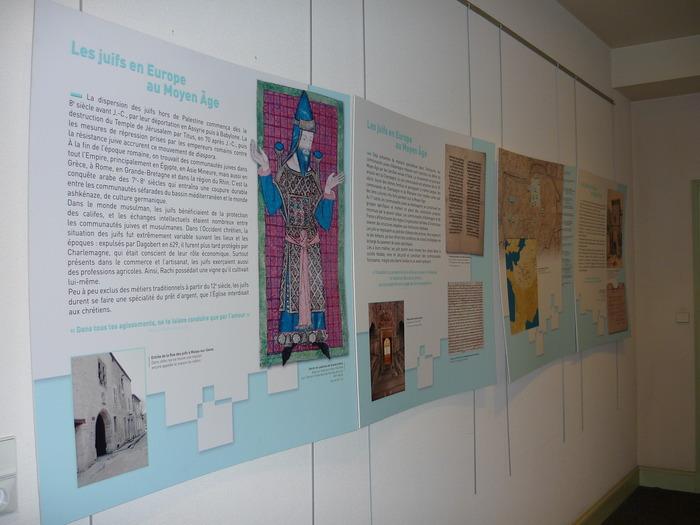 Crédits image : Exposition permanente - Photographie : Géraldine Roux, Institut Rachi