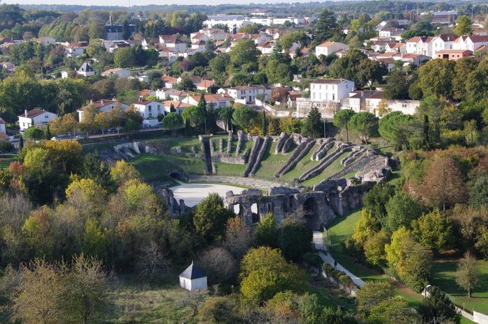 Journées du patrimoine 2018 - Exposition sur L'Amphithéâtre de Saintes :