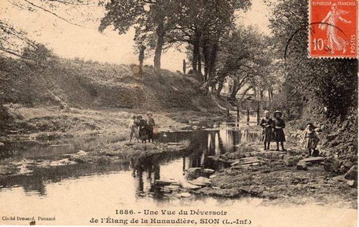 Journées du patrimoine 2018 - Exposition sur le village des Forges de la Hunaudière entre 1850 et nos jours