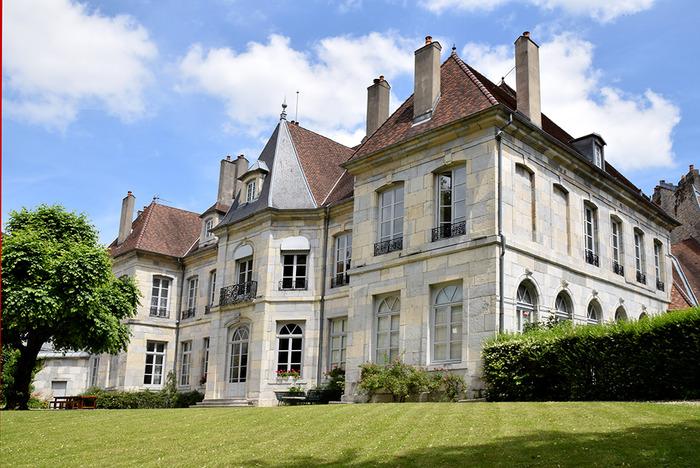 Journées du patrimoine 2018 - Visite de l'hôtel de Grand Quartier Général de Clévans et d'expositions