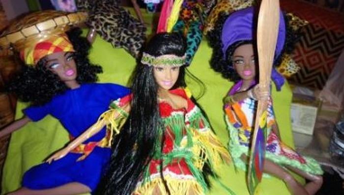 Journées du patrimoine 2018 - Expositions-ventes de divers objets ou réalisation en Konvwè (nappes, kanmsa, robes, poupées)