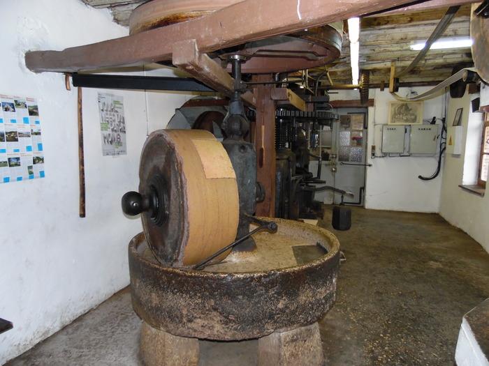 Journées du patrimoine 2018 - Atelier «fabrication de l'huile de noix et noisettes».