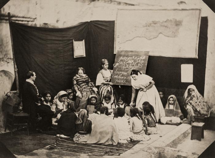 Journées du patrimoine 2018 - Visite guidée thématique des réserves. Femmes et éducation dans l'Algérie coloniale .