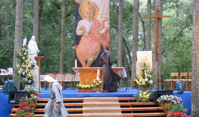 Festival Saint Jean: Camp Décoration