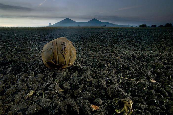 Fields of Battle - Terres de Paix 14-18, photographies de Michael St. Maur Sheil
