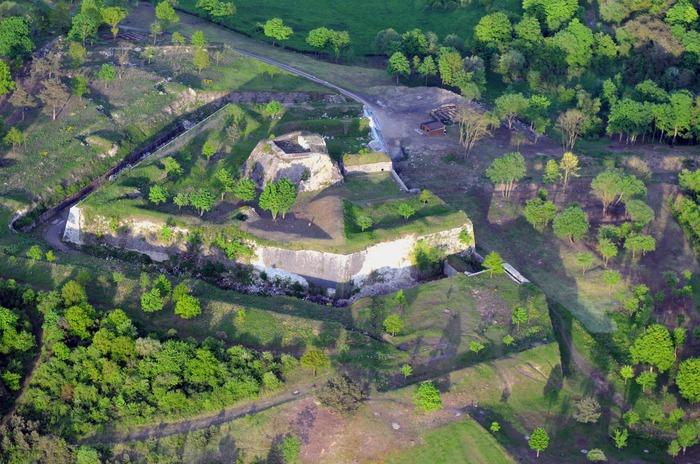 Crédits image : Fort condé Givet -CCARM-Galichet