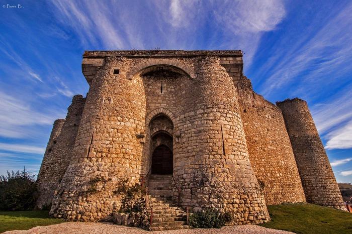 Journées du patrimoine 2018 - Visite libre de la forteresse médiévale de Billy.