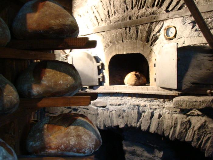 Journées du patrimoine 2017 - Fournée de pains au moulin de Saint-Germain