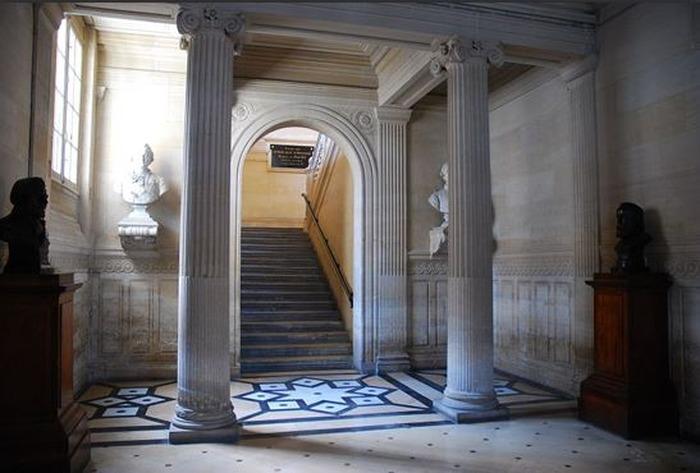 Journées du patrimoine 2018 - Parcours libre de la Bibliothèque nationale de France / site de l'Arsenal