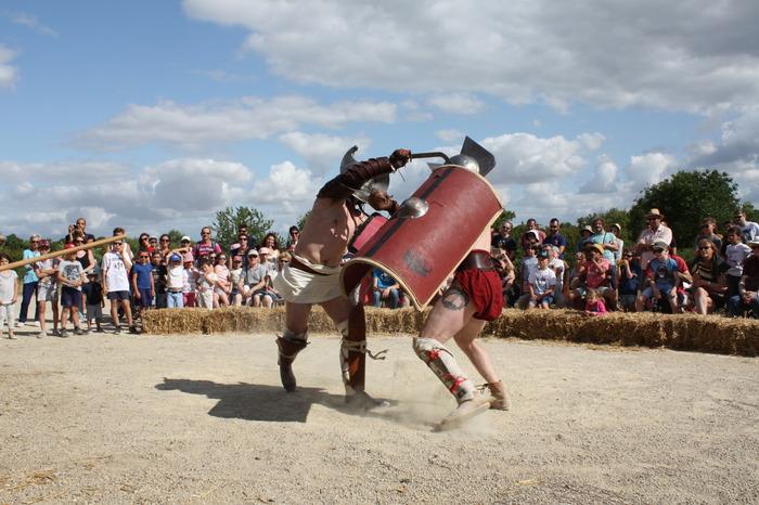 Une journée pour admirer les combats de gladiateurs, découvrir l'exposition et rencontrer les gladiateurs de la société Acta.
