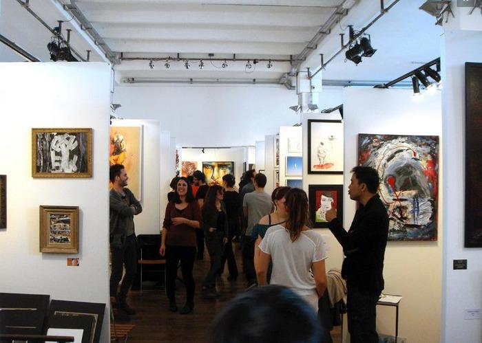 Grand salon d 39 art abordable for Grand salon d art abordable